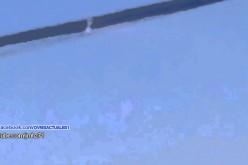 Deux ovnis suivent un avion au Canada