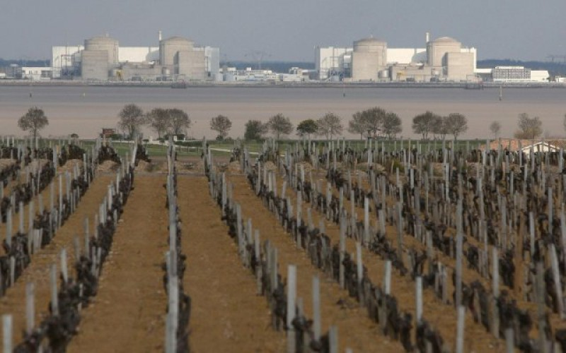 """""""C'est un ovni, pas un drone"""" qui a survolé la centrale nucléaire du Blayais"""