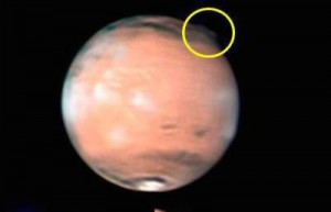 770255488b_mars_panache_Hubble_esa_nasa