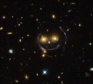 sds-j1038-plus4849-galaxies-smiley_0901CC000001619451