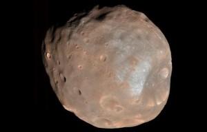 648x415_phobos-plus-grosse-deux-lunes-mars