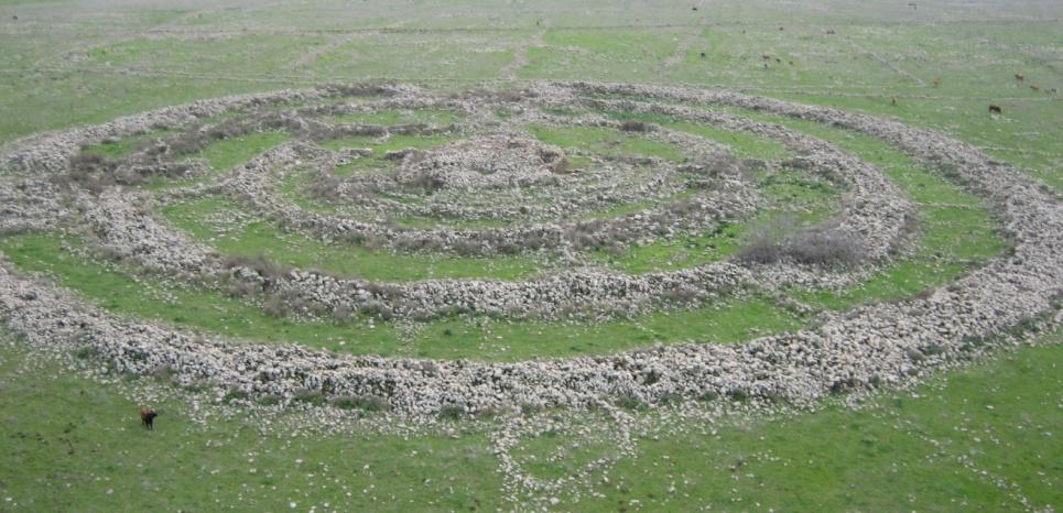 15427362-megalithes-le-mystere-de-la-roue-des-geants