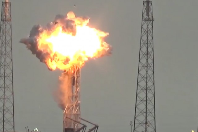 1255283-gigantesque-explosion-secoue-jeudi-matin