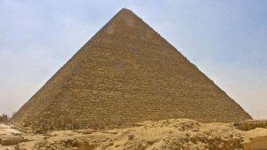 en-scannant-kheops-ils-decouvrent-deux-nouvelles-cavites-dans-la-pyramide