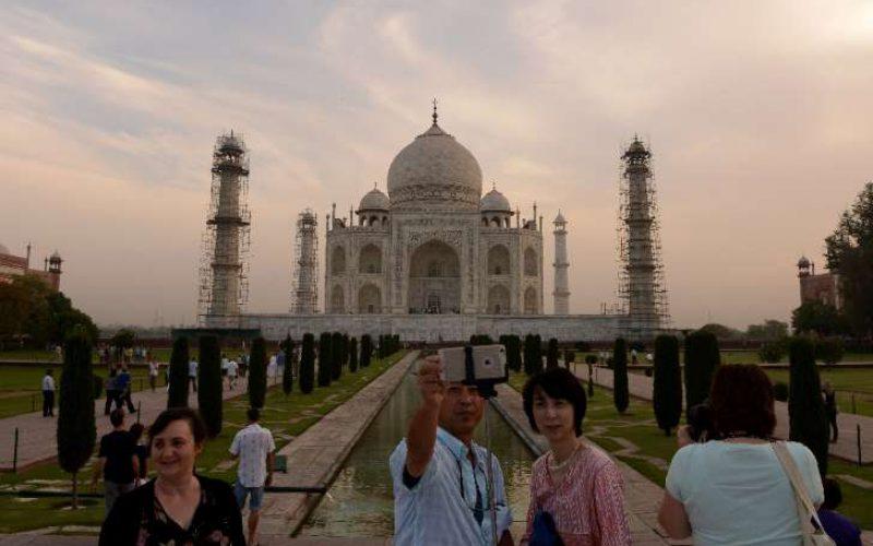 """L'Inde détient le record de """"morts par selfie"""""""