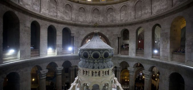 Ouverture du tombeau de Jésus: La panne inexpliquée des appareils electromagnétiques