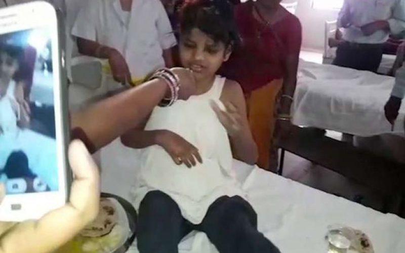 Inde : le mystère de la fillette retrouvée parmi les singes dans la forêt