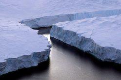 Un trou géant de 80.000 km carrés découvert en Antarctique
