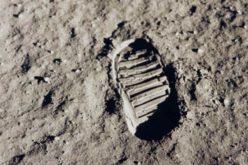 Les Américains ont-ils été sur la Lune ? La Russie veut en avoir le cœur net